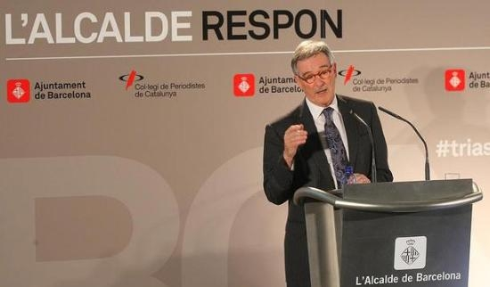 L'alcalde de Barcelona, Xavier Trias, durant la seva conferència. JULIO CARBÓ