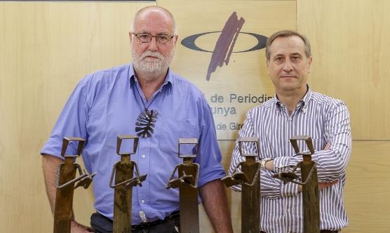Xavier Raventós, autor de les Mosques 2013, i Narcís Genís, president de la Demaració de Girona del Col·legi