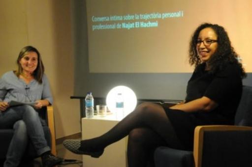 L'escriptora amb la periodista Susana Paz
