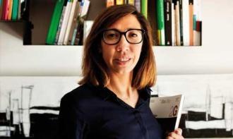 Pati Núñez en la seva agència (Foto: Oriol Clavera)