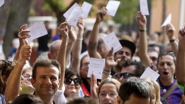 """""""Votarem"""", foto de Lluís Serrat que es pot veure a l'exposició."""