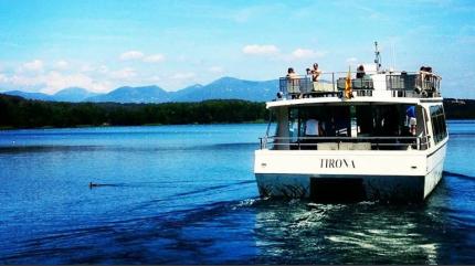 La Tirona és un catamarà elèctric no contaminant.