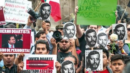 Concentració per l'assassinat del periodista Rubén Espinosa