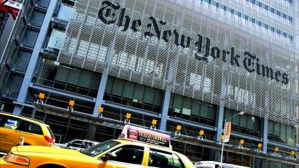 La coneguda façana del NYT al centre neuràlgic de Nova York