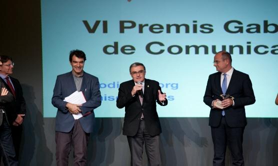 Els representants de la Confederació de Comerç de Catalunya amb Àngel Ros.