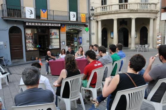 El debat es va celebrar a la plaça de Sant Pere