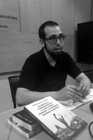 """Albert Caballero, co-comissari de la mostra """"APA i la Gran Guerra""""."""