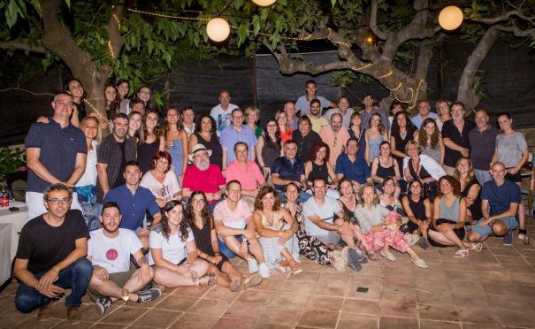 La tradicional foto de grup del Sopar de Periodistes de Girona.